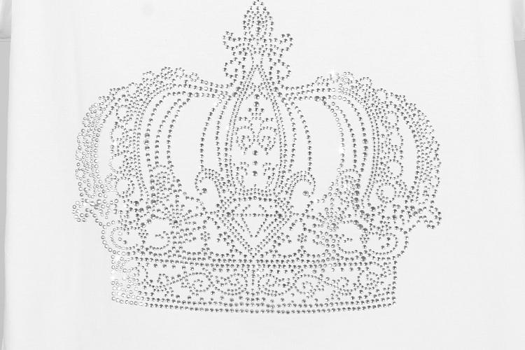 手绘黑白戴皇冠女王