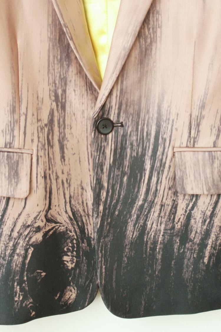 枯树花纹西装