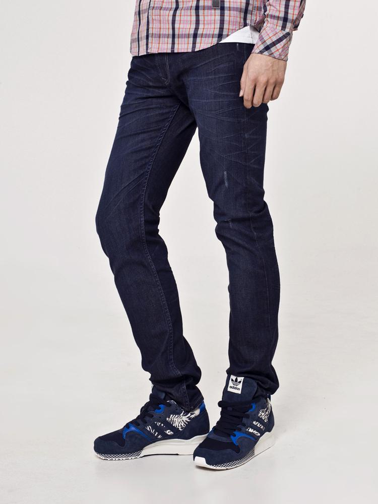 lee 修身低腰窄脚牛仔裤