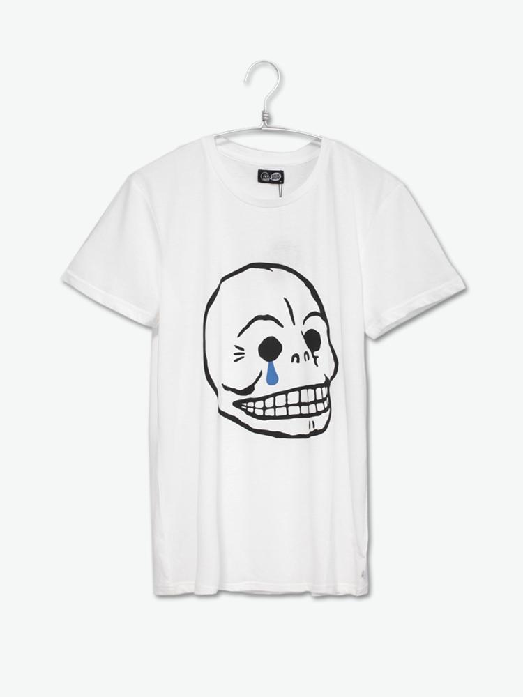 短袖t恤           前幅以品牌logo图案,同时加载蓝色泪滴设计释出