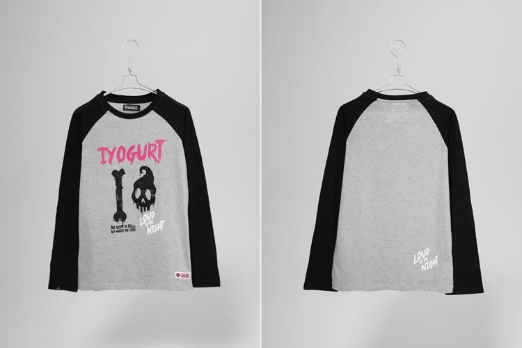 iyogurt标志性骷髅图案佐以粉色logo,撞色恰到好处,插肩袖的设计简单