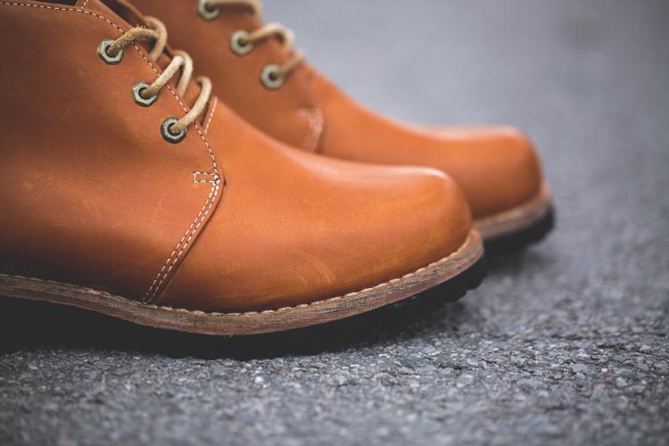 男士短靴鞋带的系法图解